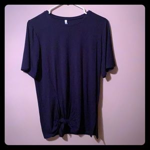 Fabletics Knotted T-shirt